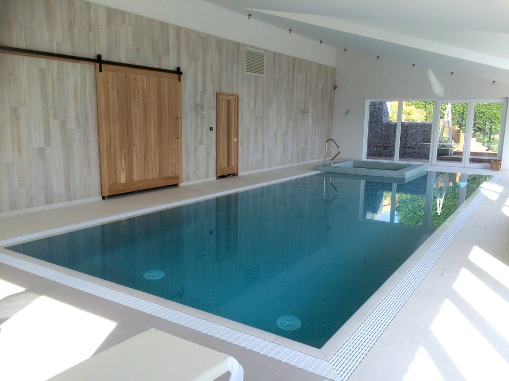 Pool Build Essex